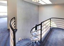 Vue d'escalier en spirale photos stock