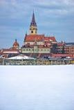 Vue d'hiver d'église de Marija Bistrica photos libres de droits