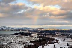 Vue d'hiver de la montagne d'Alpes photographie stock