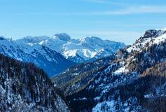 Vue d'hiver sur la montagne de Marmolada, Italie. Photos stock