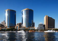 Vue d'horizon des gratte-ciel de Dubai Creek, EAU image libre de droits