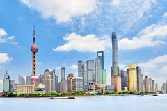 Vue d'horizon sur la nouvelle région de Pudong, Changhaï Photographie stock libre de droits