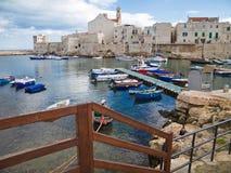 Vue d'horizontal de Giovinazzo. Apulia. Photo stock