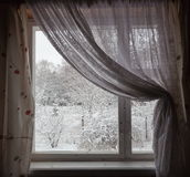 Vue d'hublot en hiver. Région de Moscou. La Russie. Images libres de droits
