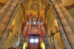 Vue d'intérieur d'église catholique. Alba, Italie. photographie stock