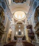 Vue d'intérieur de Santissima Annunziata Church dans Sulmona, L province d'Aquila de `, Abruzzo, Italie centrale photos libres de droits