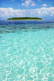 Vue d'océan avec l'île Images libres de droits