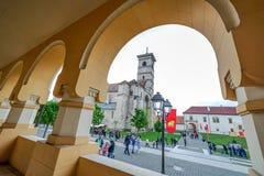 Vue d'oeil de poissons avec le saint Michael Roman Catholic Cathedral Image libre de droits