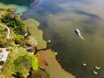 Vue d'oiseau de lac Qionghai dans le ¼ ŒChina de Xichangï Images stock
