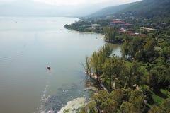 Vue d'oiseau de lac Qionghai dans le ¼ ŒChina de Xichangï Photo stock
