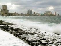 Vue d'ouragan du wallsea à la Havane. Image stock