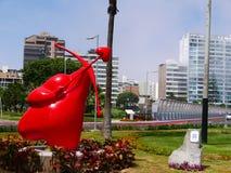 Vue d'un coeur de cupidon avec un tir à l'arc, à Lima Images stock