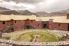 Vue d'un hôtel traditionnel de vintage dans Chivay, esprit d'Arequipa Pérou Images stock