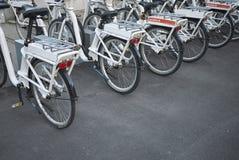 Vue d'un stationnement de bicyclette photographie stock