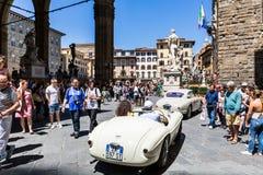 Vue d'une exposition extérieure publique de voiture d'oldtimer chez le Piazzale Image stock