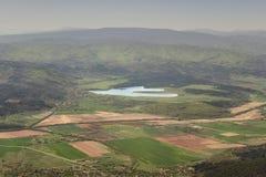 Vue d'une position avantageuse de montagne de Ruy à un lac sinueux image stock