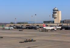 Vue dans l'aéroport de Zurich Photos libres de droits