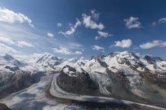 Vue dans Zermatt Photos libres de droits