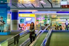 Vue de à l'intérieur de la liaison ferroviaire d'aéroport international de Suvarnabhumi Image stock