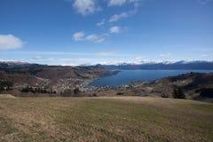 Vue de Ãystese et de Hardangerfjord Photo stock