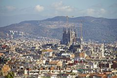 Vue de Barcelone avec Sagrada Familia Photos stock