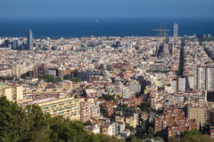 Vue de Barcelone et de Sagrada Familia images libres de droits