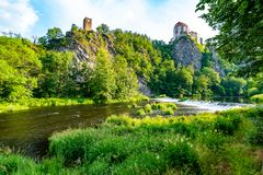 Vue de beau château Vranov NAD Dyji, région de Moravian dans la République Tchèque Château antique construit dans le style baroqu photo stock