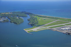 Vue de Billy Bishop Toronto City Airport. Photos stock