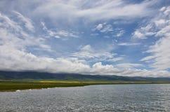 Vue de Buautifal le Lac Qinghai Photos stock