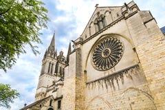 Vue de côté de St Maurice Cathedral Angers, France Photo stock