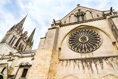 Vue de côté de St Maurice Cathedral Angers, France Photographie stock