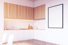 Vue de côté d'un dessus de table dans la cuisine, bois, modifié la tonalité Images stock