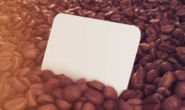 Vue de côté de carte de visite professionnelle de visite en grains de café, modifiée la tonalité Photographie stock libre de droits