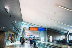 Vue de côté de passage couvert mobile d'aéroport de Las Vegas McCarran Images libres de droits