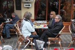 Vue de café typique de Paris le 1er mai 2013 dans Pari Photographie stock libre de droits