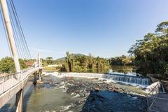 Vue de cascade de ville de Timbo, Santa Catarina Photos stock