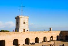 Vue de Castillo de Montjuic sur la montagne Montjuic à Barcelone, Espagne photo libre de droits