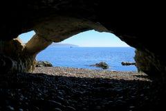 Vue de caverne de mer en Devon Photos libres de droits
