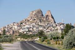 Vue de château d'Uchisar dans Cappadocia Photos stock