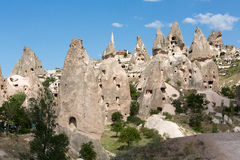 Vue de château d'Uchisar dans Cappadocia Images stock