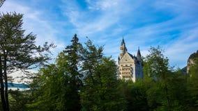 Vue de château de Neuschwanstein Photos stock