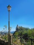 Vue de château du Saint-Marin Photo stock