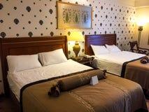 Vue de chambre à coucher d'hôtel photos libres de droits