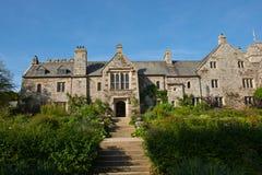 Vue de Chambre et de jardin de Cotehele photos stock