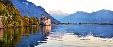 Vue de Chateau de Chillon célèbre chez le Lac Léman un de Switzerl Images stock