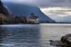 Vue de Chateau de Chillon célèbre chez le Lac Léman un de Switzerl Image libre de droits
