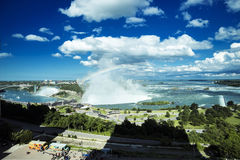 Vue de chutes du Niagara d'hôtel de Marriot Photo stock