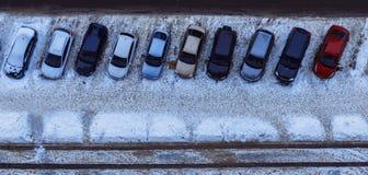 Vue de ci-dessus sur les voitures, jour, extérieur Photographie stock libre de droits