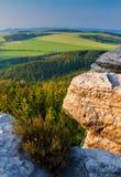Vue de colline d'Ostas en Bohême du nord, République Tchèque photographie stock libre de droits