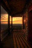 Vue de coucher du soleil de porche de pagoda images stock
